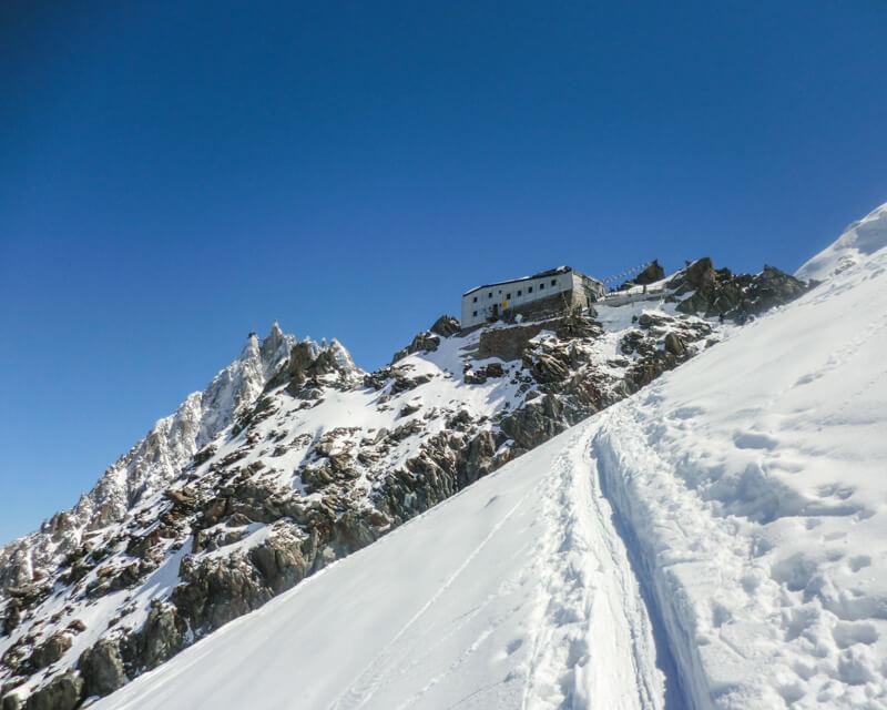 skitour-mont-blanc-mit-bergfuehrer-von-alpinschule-bergpuls-1