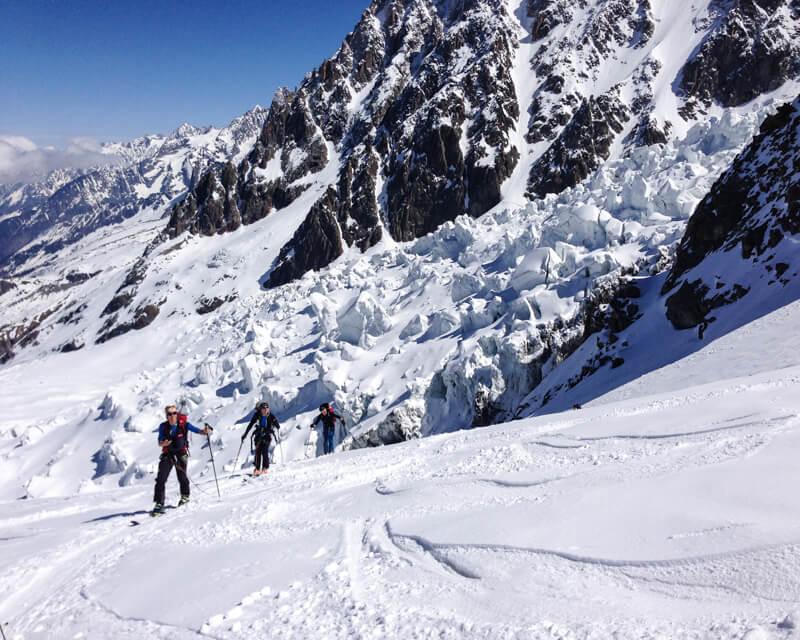 skitour-mont-blanc-mit-bergfuehrer-von-alpinschule-bergpuls-3